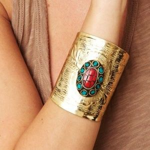 Samanca Jewelry Kels Cuff in Gold